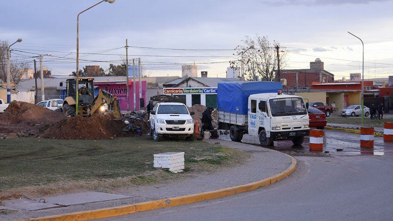 El EPAS reparó el caño roto que afectaba a cinco barrios