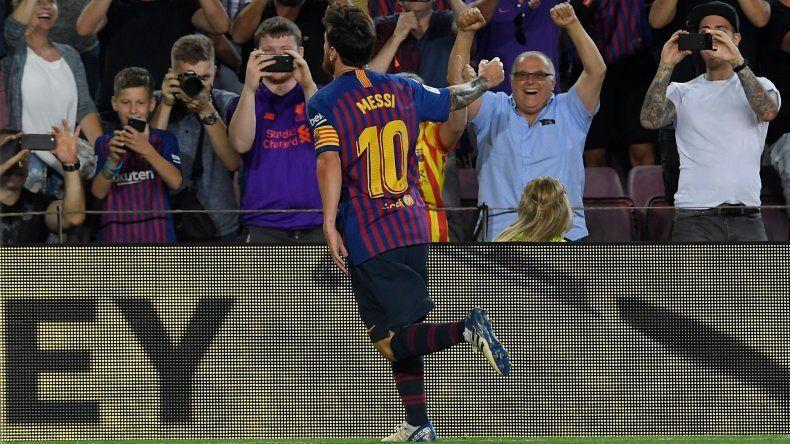 Messi marcó un doblete en el arranque de la Liga Española