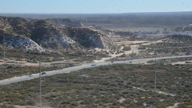 El parque Bardas Norte ya perdió casi 30 hectáreas