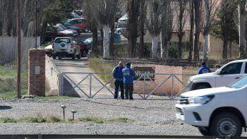 en un golpe comando se roban tres autos cero kilometro en el deposito de chery