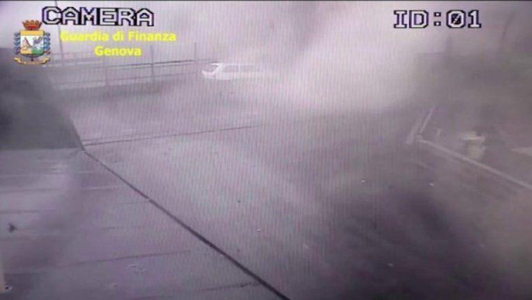 El tremendo video de la caída del puente de Génova