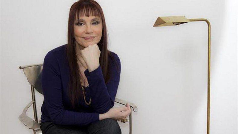El drama de Lía Salgado: Está en silla de ruedas tras ser mal diagnosticada