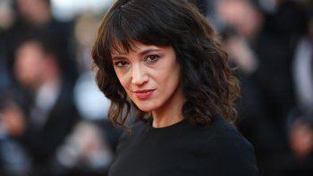 Asia Argento, quien fue una de las primeras en denunciar a Harvey Weinstein, tuvo relaciones con Jimmy Bennett, un actor y músico de 17 años.