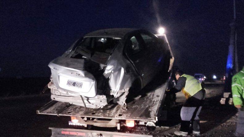 Perdió el control del auto, mordió el cordón y chocó en la Autovía Norte