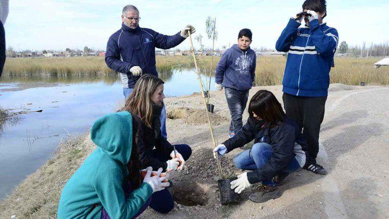 Paseo por Laguna San Lorenzo con clase de ecología