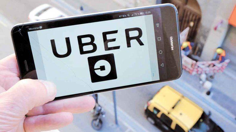Uber debutó con más de dos mil viajes en Mendoza