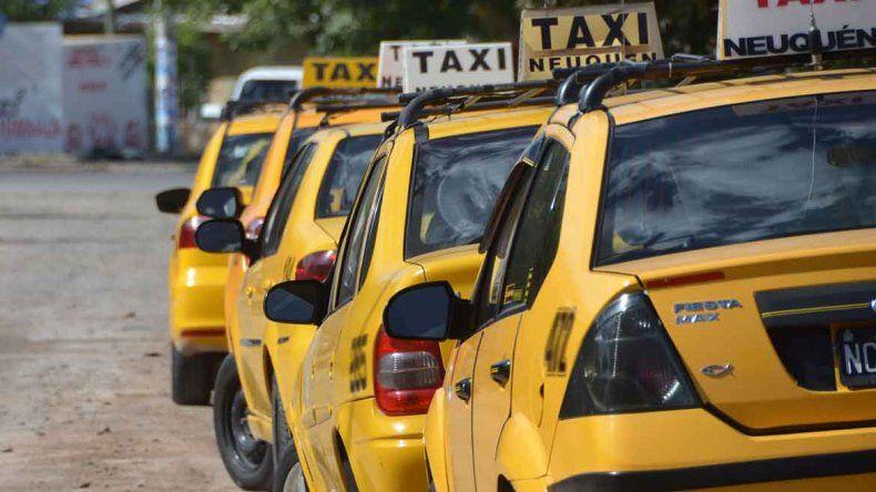 A partir del lunes, viajar en taxi será un 39 por ciento más caro