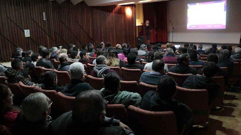 Taxistas se capacitaron en violencia de género y en RCP