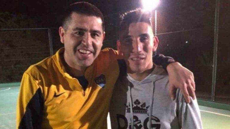 La foto de Román junto a Ricky que este subió a redes sociales.