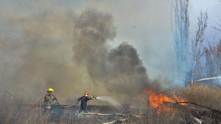 Hubo 435 incendios en un año en Plottier y Senillosa