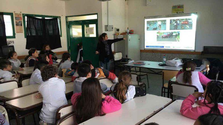 Más de cien chicos del ISFD 6 participaron de la charla.