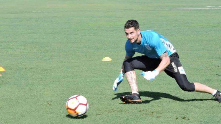 El neuquino Gabriel Arias será titular en la Academia que visita al Patrón.