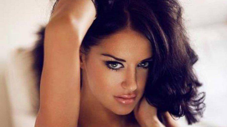 Una ex conejita de Playboy apareció muerta en su casa