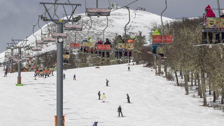 Mirá cómo se disfrutó del domingo en la nieve de Chapelco