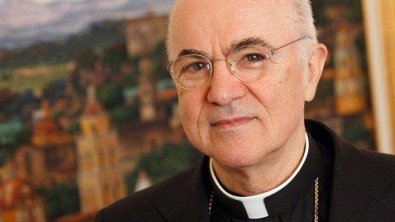 Carlo Viganó dice que el Papa sabía de los abusos de un cardenal.