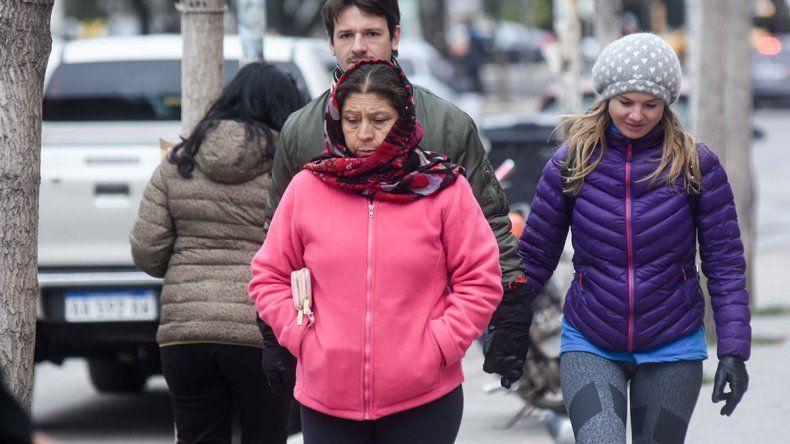 El frío llegó para quedarse: las temperaturas bajo cero acechan al Valle