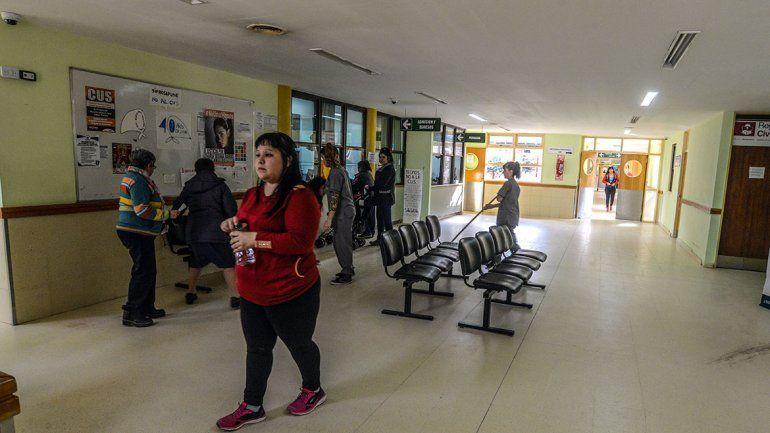 Centenario debate los sueldos de más de 80 empleados