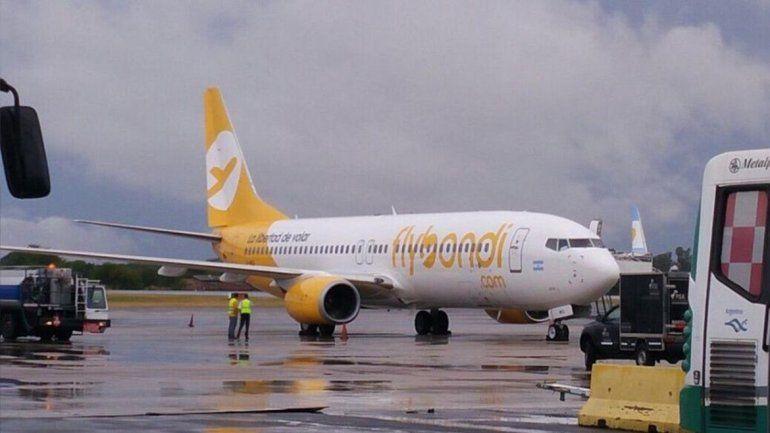 Un vuelo de Flybondi que iba a Bariloche tuvo que volver a El Palomar