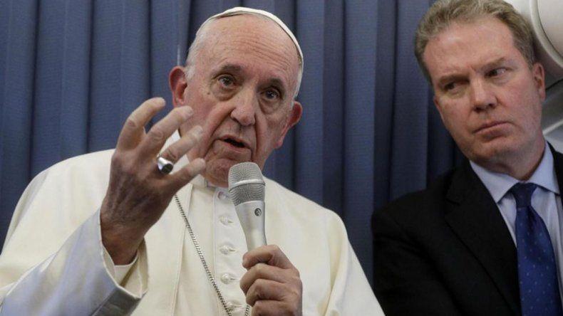El papa Francisco recomendó tratar a la homosexualidad con un psiquiatra