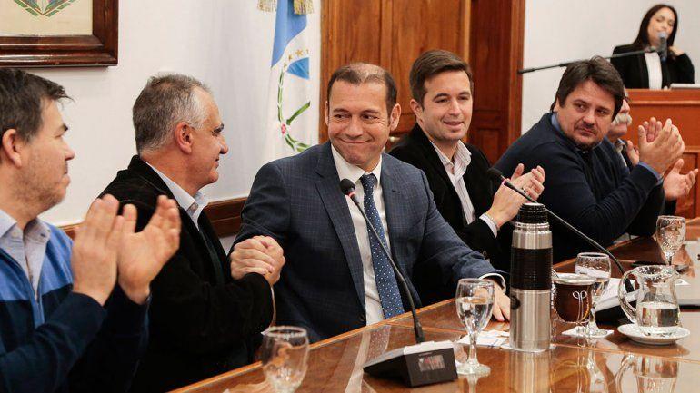 Gutiérrez salió a respaldar con $10 millones a la UNCo