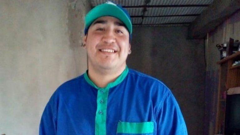 Alcides Velázquez tiene 27 años y le salvó la vida al pequeño Noah