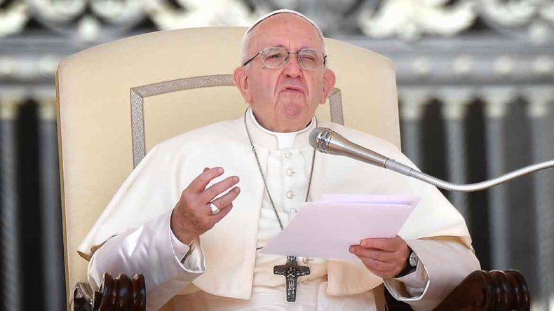 El Papa condenó a los curas pedófilos y dijo que no los encubrirá