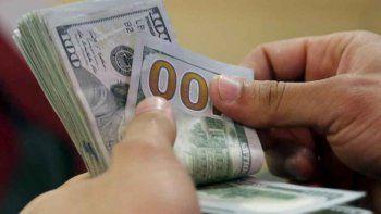 sigue el camino en descenso: el dolar cerro la semana en $ 37,60