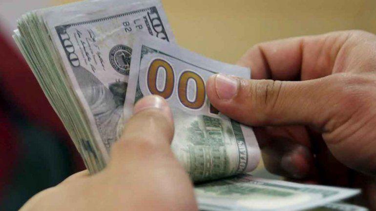 El dólar bajó y cerró la semana en $ 37,60