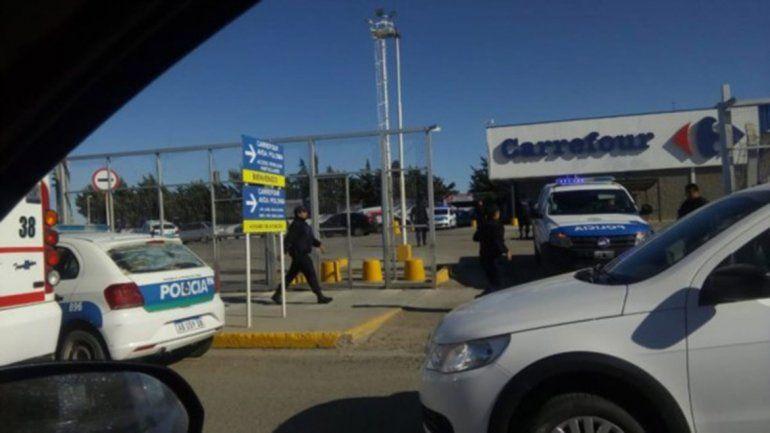 Nueve detenidos por un intento de saqueo a un súper de Comodoro Rivadavia