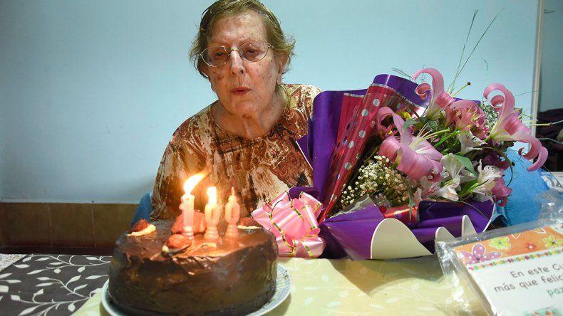 Rosa celebró llegar a sus 100 años plena de felicidad