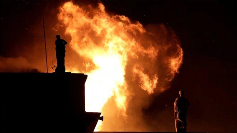 <p>Incalculables las medidas de las llamas que ardieron el Museo Nacional de Brasil. </p>