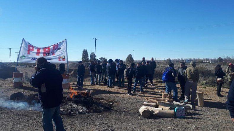 Los trabajadores de la PIAP vuelven a cortar la Ruta 22