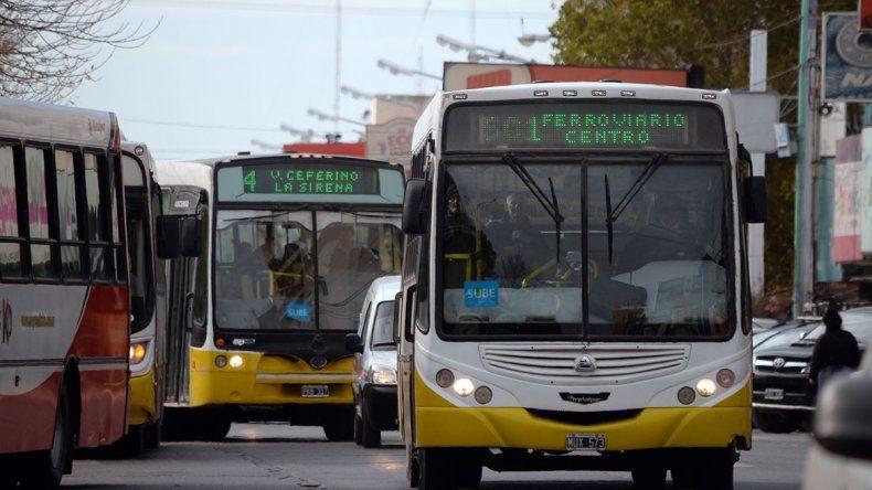 UTA se adhiere al paro y el martes no habrá transporte