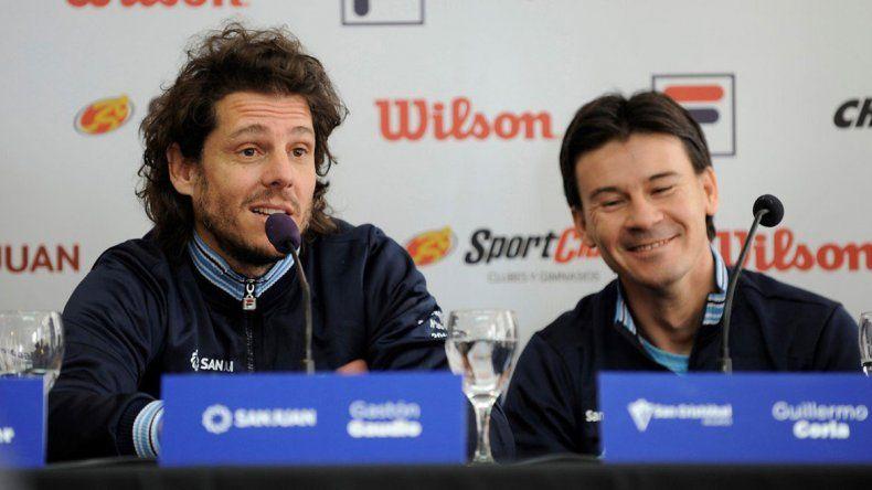 Gaudio será el que salga a la cancha con los tenistas argentinos.