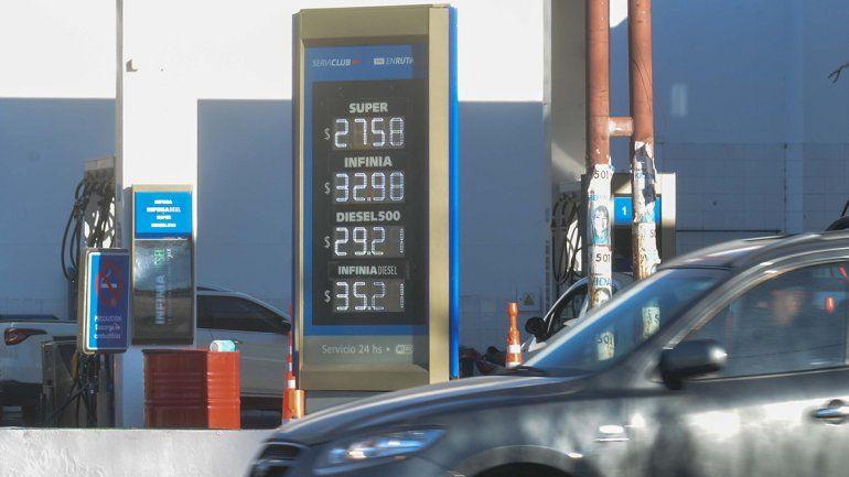 Por segunda vez en cuatro días: YPF subió el precio de las naftas