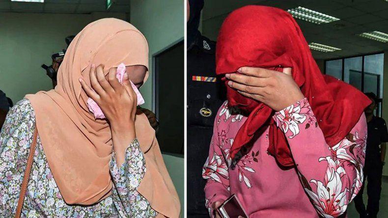 Dos jóvenes de 32 y 22 años fueron castigadas en público con un vara.