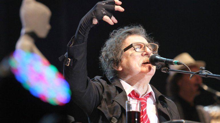 Charly no pudo terminar un show en Rosario