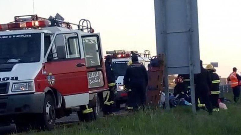 Tres muertos y 20 heridos al despistarse un colectivo que regresaba a Chubut