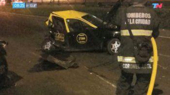un ex jugador de boca choco de atras un taxi y mato a dos personas