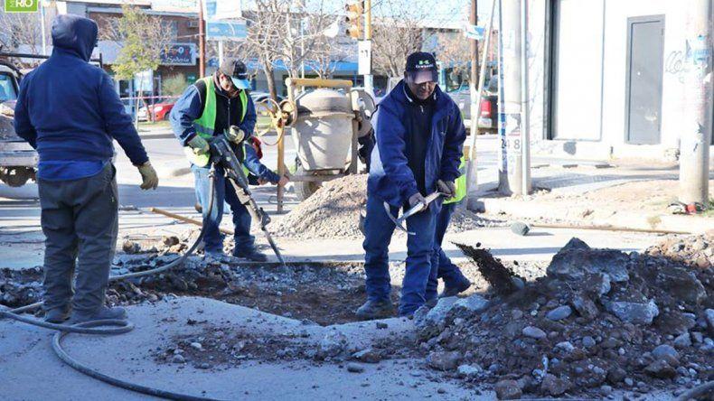 Termina la pesadilla de los baches de cemento en Centenario