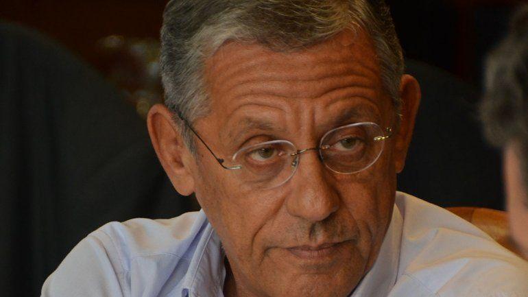 Pechi apuntó contra los sindicalistas y la izquierda por los incidentes en el Concejo