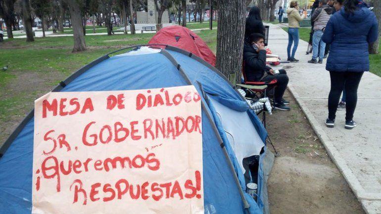 Trabajadores de Termas no pudieron acampar pero mantendrán su reclamo