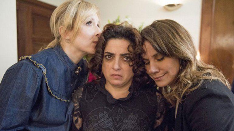 Barrientos será una ex compañera de escuela de Laura y Antonia.