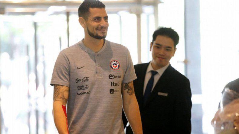 Arias suma experiencia en la selección chilena y vuelve a ser titular.