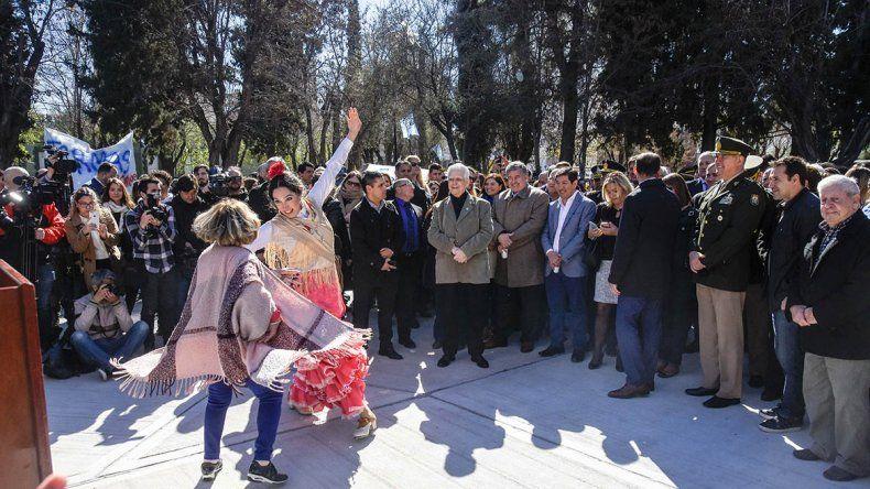 Una protesta protagonizó el acto aniversario de Neuquén
