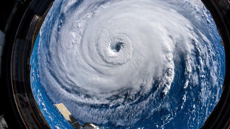 Huracán Florence: bajó de categoría pero sigue siendo muy peligroso