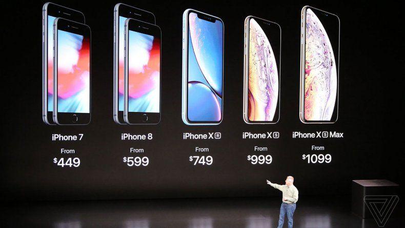 El iPhone XS tiene un display Super Retina de 5.8 OLED con 2436x1125 píxeles