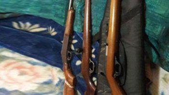 le secuestraron tres rifles tras amenazar a otro puestero