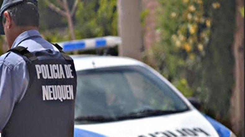Comisario chocó a un agente en una esquina céntrica