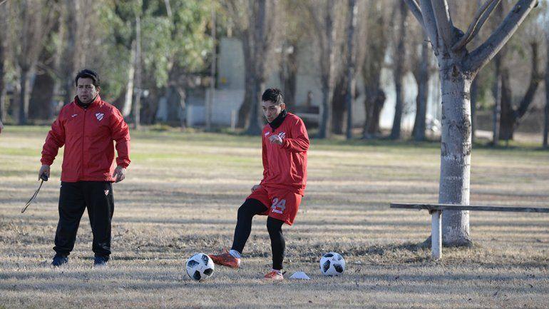 Azaguate debutó con Independiente en el Mundialista y seguirá de titular.